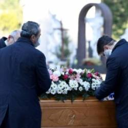 Organising a funeral during the pandemic? Here are answers to some of the most common questions