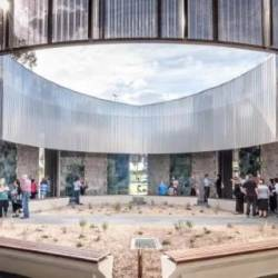 Design judges pay their respects to mausoleum
