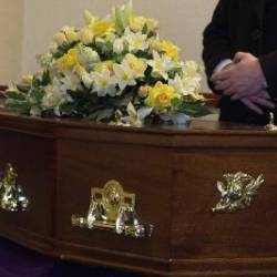 Queensland death-care industry pushes for better standards